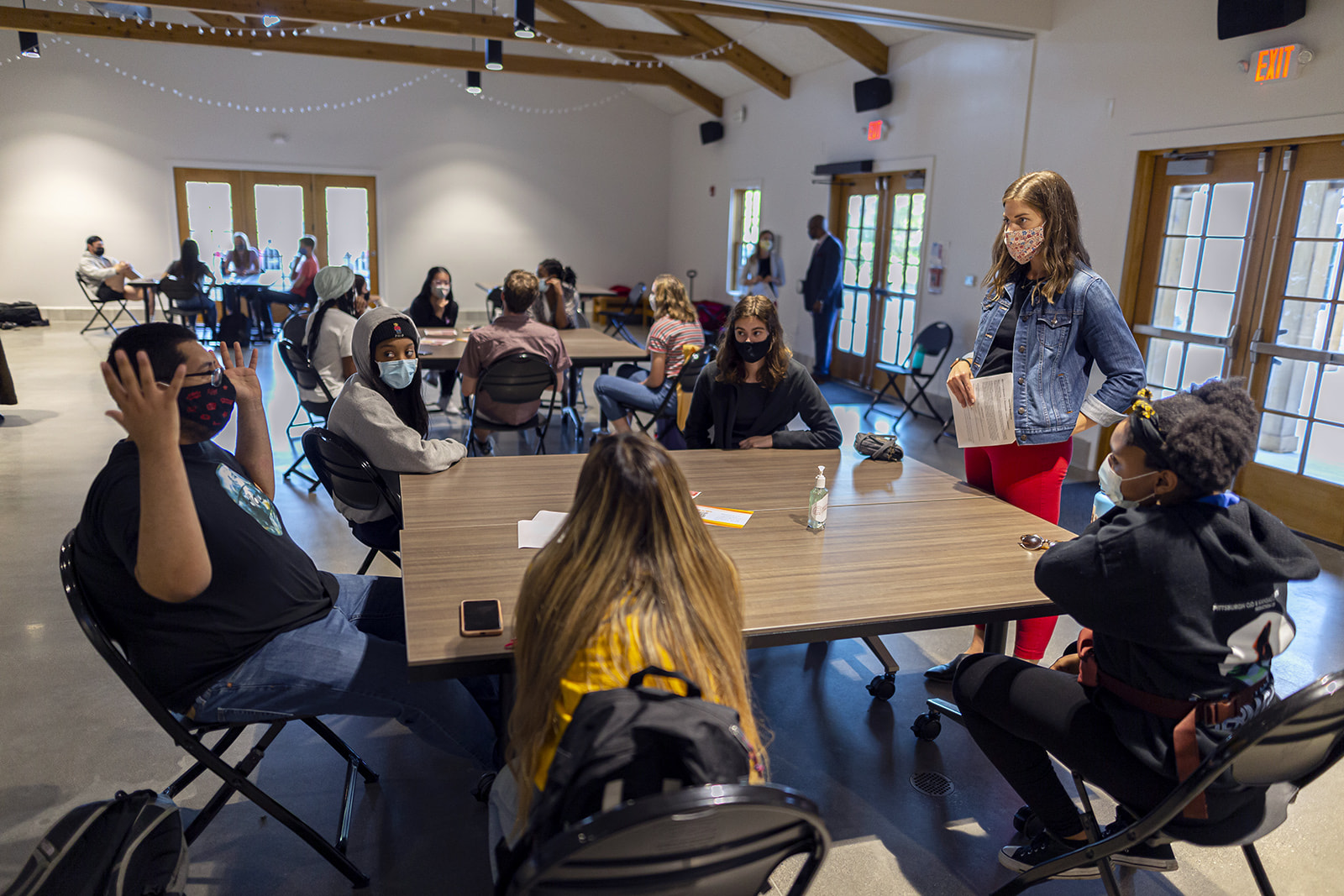 Meng giving scenario training to community advisors