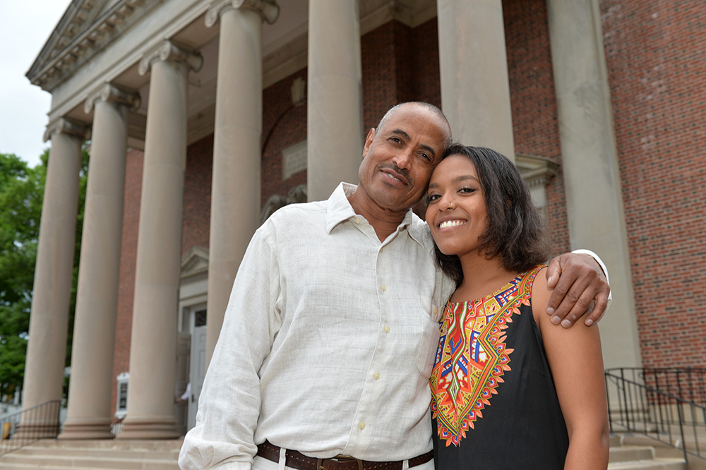 Fitale Wari '18 with her father