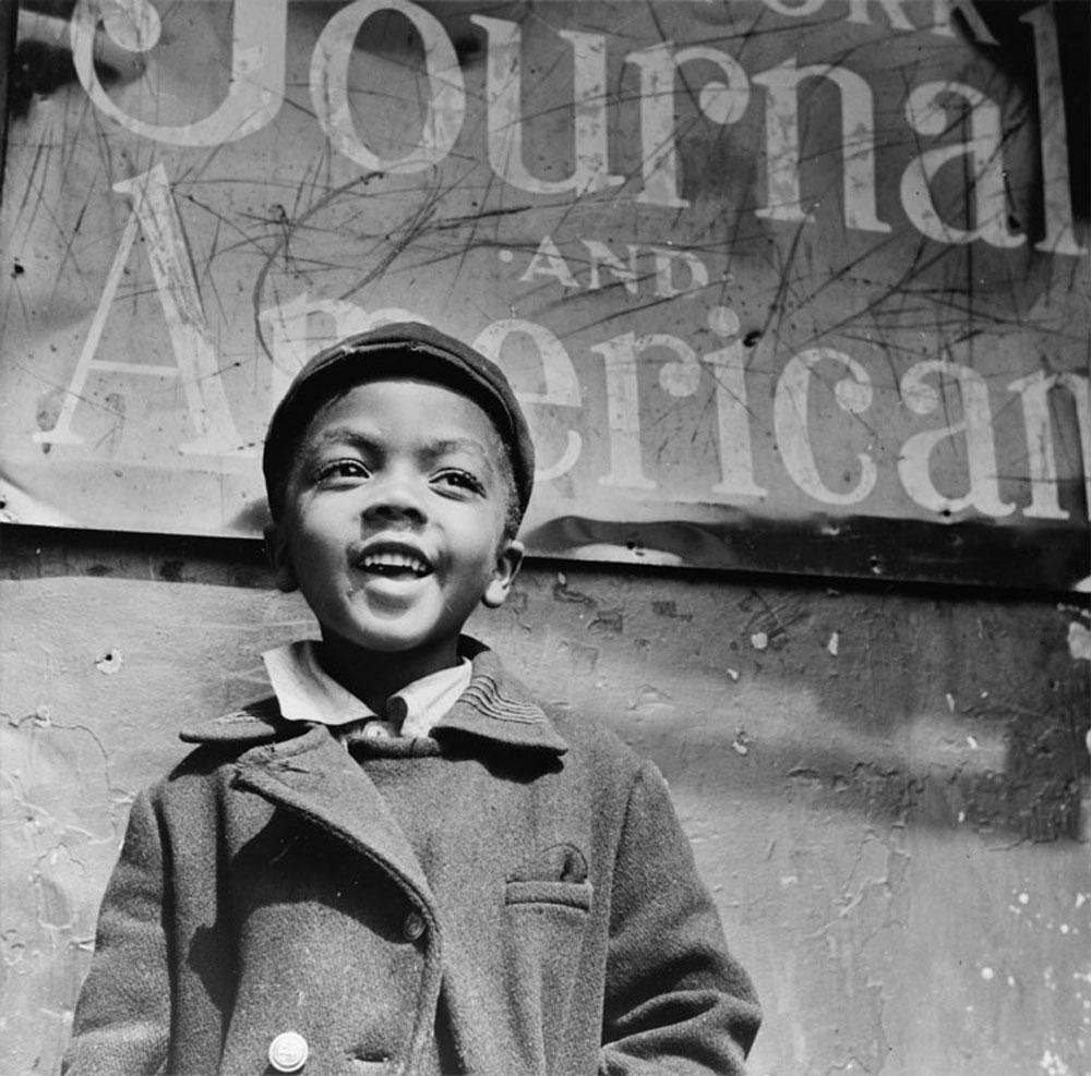 Gordon Parks, Harlem newsboy