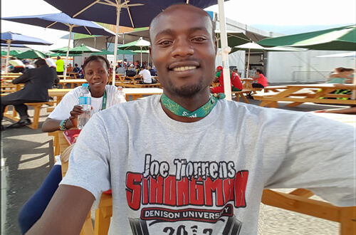 Dee Salukombo selfie