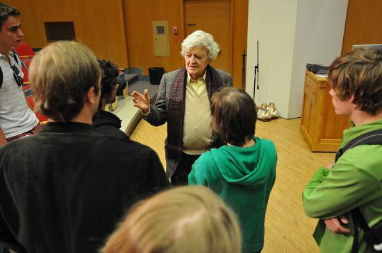 Hal Holbrook  talks about time at Denison7