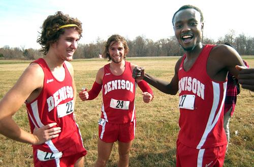 Dee Salukombo with teammates