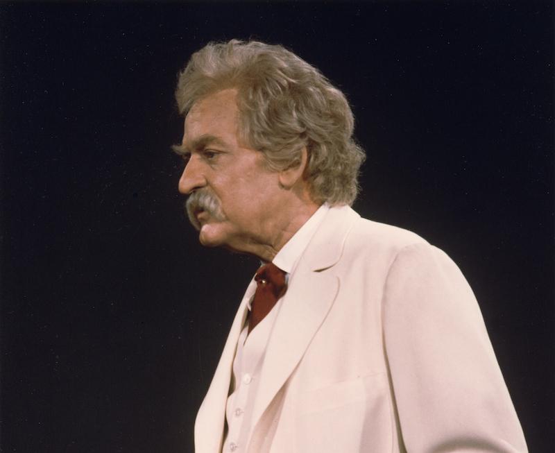 Hal Holbrook '48 as Mark Twain on Mark Twain Tonight!
