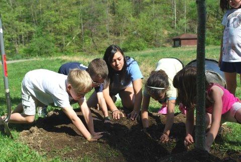 Denison Environmental Education & Mentoring Program