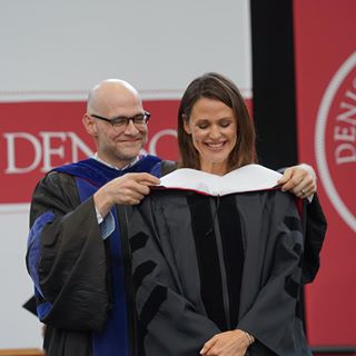 "jennifer.garner on Instagram: ""When your dear @denisonu friend becomes a beloved professor at your alma mater and hoods you with an honorary doctorate of humane letters...it is a very good day. #markbryan #ilovetheclassof2019 #♥️denisonuniversity♥️"""