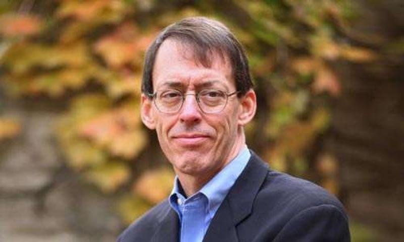 Peter Slevin