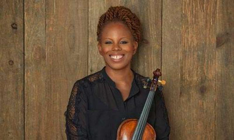 Portrait of Regina Carter