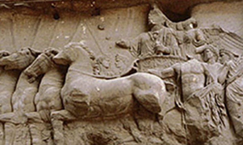 Photo of horse figures made of clay