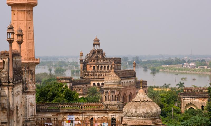 Fort in India by water body
