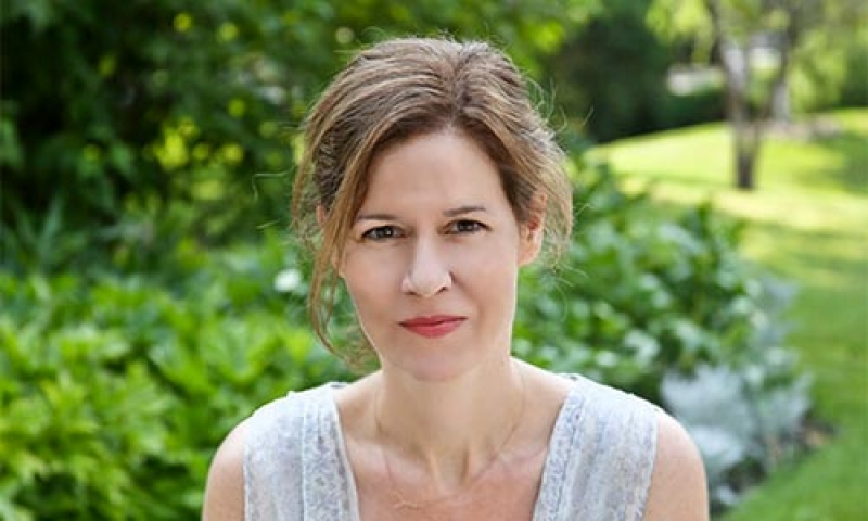 Photo of poet Joanna Klink