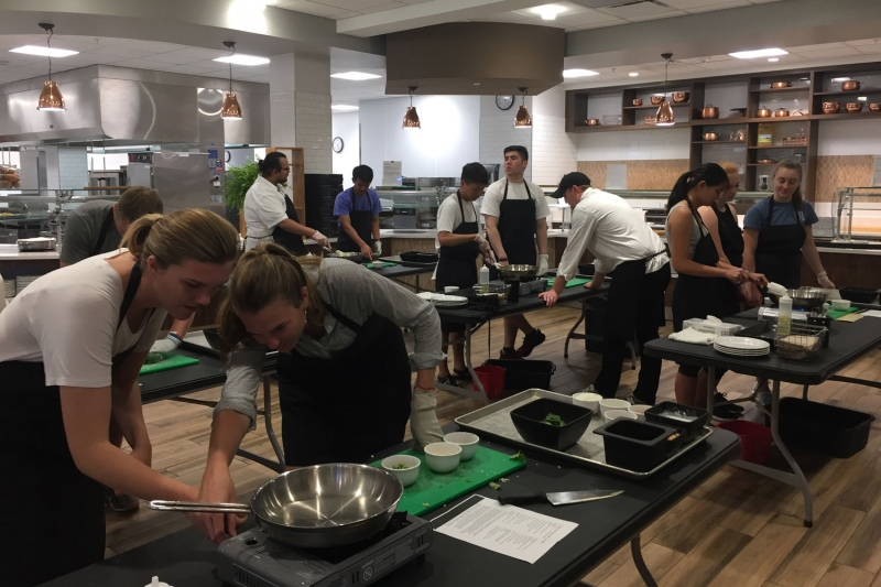 Students in Curtis dining cooking