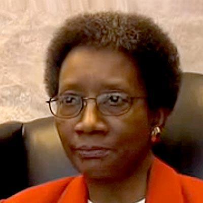 Sheila Parks '72