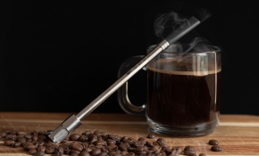 Yehle's JoGo coffee straw has a built-in filter.