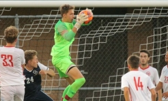 Men's Soccer Shuts OUt NCAC Co-Leader Wabash