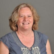 Lynne  Comisford