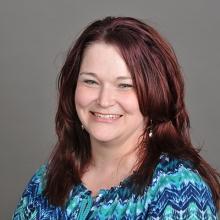 Laura  Meek