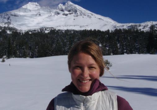 Lizzy Zultoski '07
