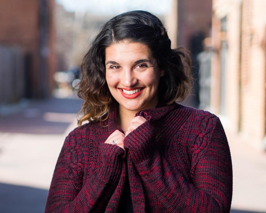 Alison Waldman '10