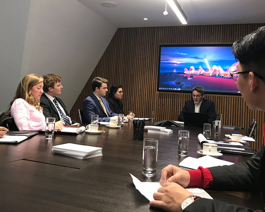 The Global Commerce Class of 2020 meet executives in London