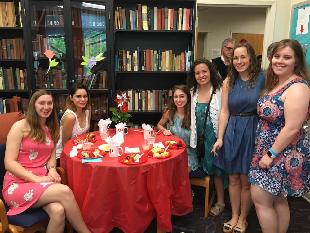 Psychology Psi Chi awards group at table