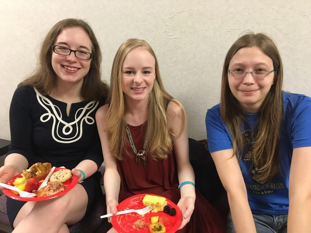 Psychology Psi Chi awards  students in couch2