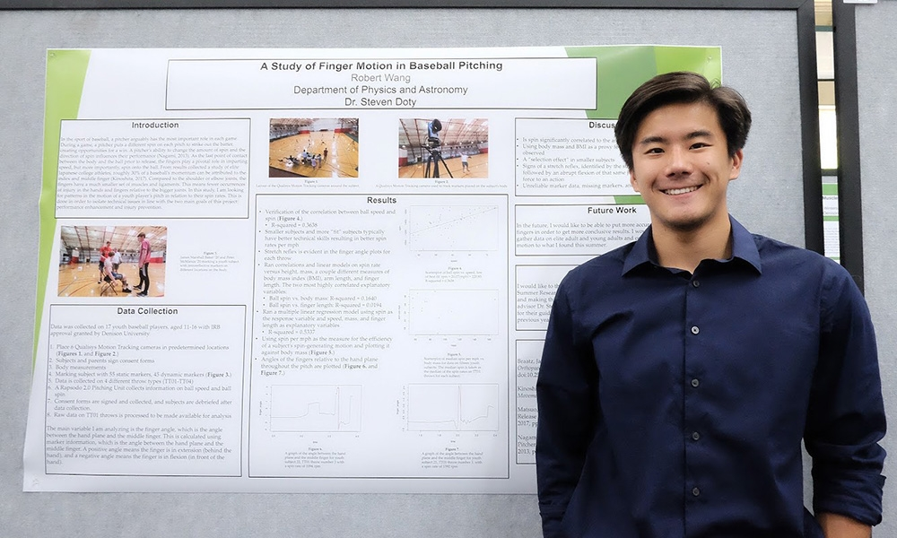 Bebe Wang '20 presenting his summer research project.