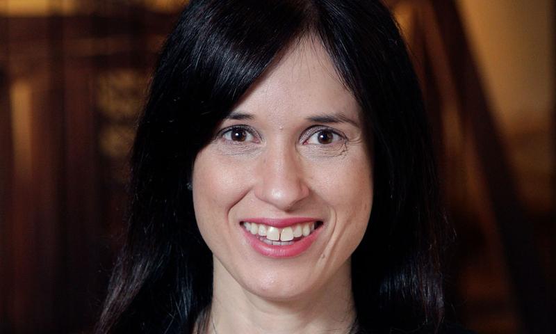 Dr. Rebecca Walker Reczek